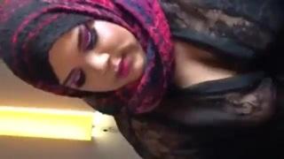 محجبة تمص وتجلخ زب مصري أنبوب الجنس العربي
